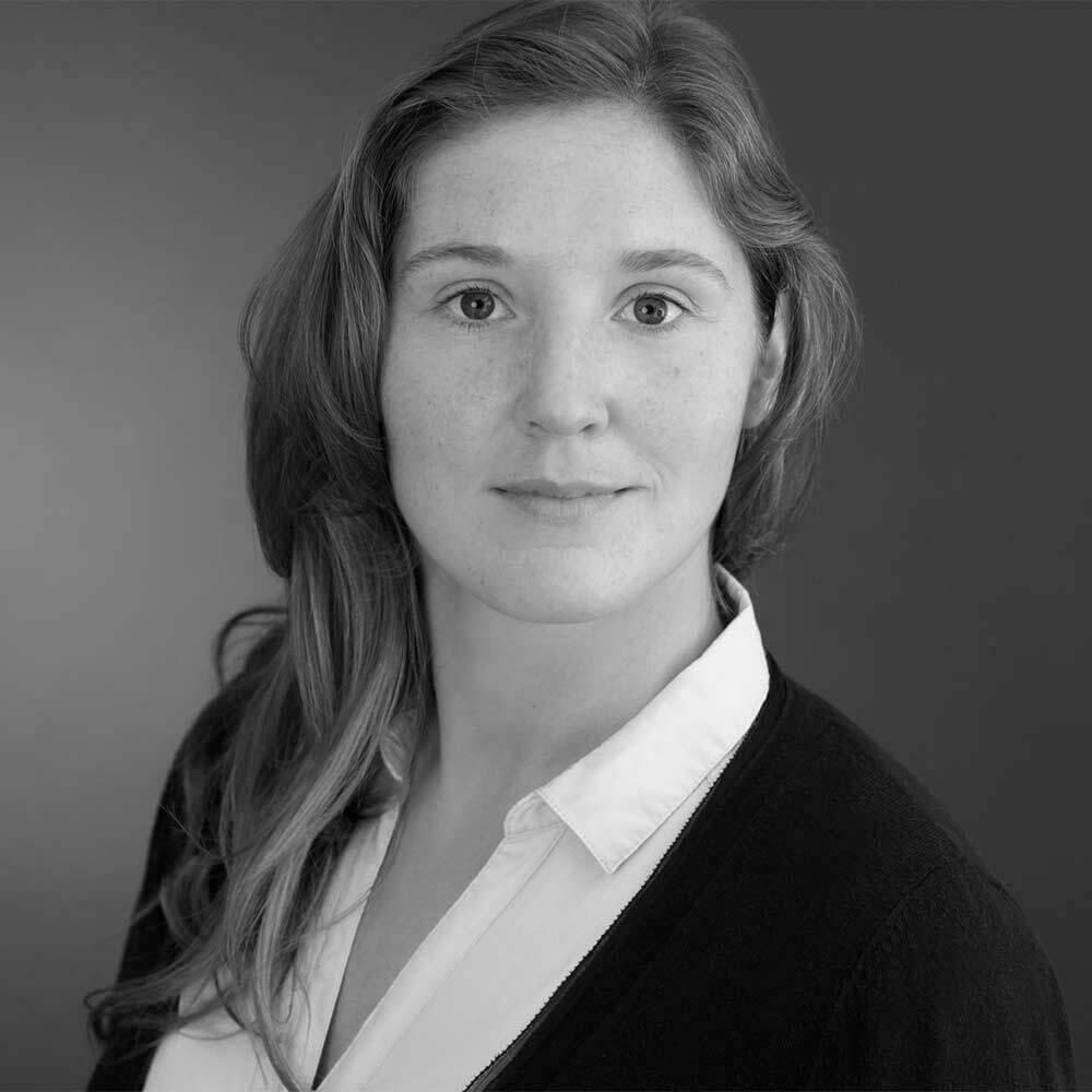 Dr. Julia Bressler